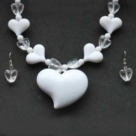 Biely srdiečkový náhrdelník s náušnicami