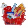 Štvorcový košíček plný sladkostí s mackom